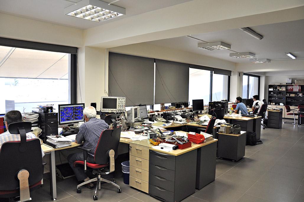 Monitor Electronics